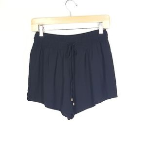 Forever 21 woven women's shorts, size medium, NWT.